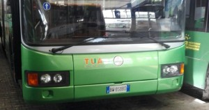 Pescara, giovane investito dal bus
