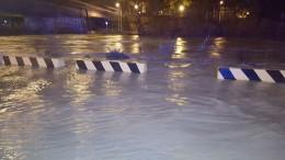 Il fiume Pescara rompe gli argini