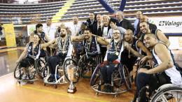 La formazione che ha vinto la Coppa Italia di Basket
