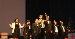 Ruffini e gli attori della compagnia Mayor Vin Frinzius