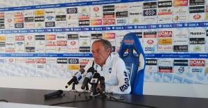 Zeman-durante-la-conferenza-stampa