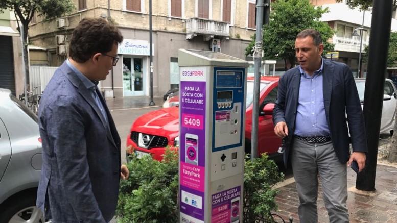Il sindaco Alessandrini e il vice sindaco Blasioli
