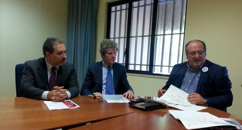ll Sottosegretario alla Presidenza d'Abruzzo Mario Mazzocca e il Vicepresidente Comieco lgnazio Capuano