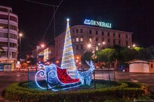 La piazza ai tempi del Natale in una foto di Ascanio Buccella