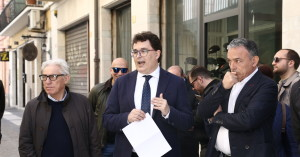 Il vice sindaco Blasioli, illustra la nuova pavimentazione al Centro Storico di Pescara